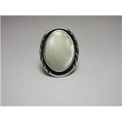 Unmarked Sterling Mother Of Pearl Ring- Size 6.5-7.0