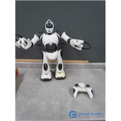 Giant R/C Robot