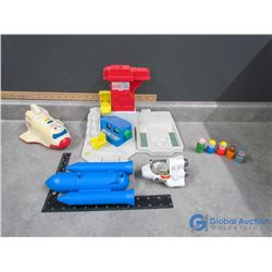 Fisher Price Little People Space Station Toys