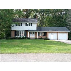 PRIME HERMITAGE PA HOME ON 1+ ACRES / PRIME LOCATION