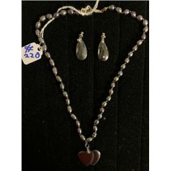 AUTHENTIC BLACK MOTHER OF PEARL NECKLACE SET