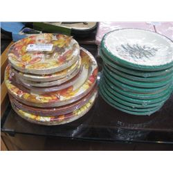 ASSORTED DISPOSABLE PAPER PLATES