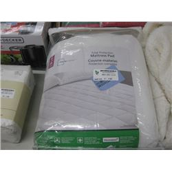 MAINSTAYS MATTRESS PAD DOUBLE