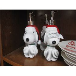 4PC CHRISTMAS SNOOPY SOAP DISPENSER