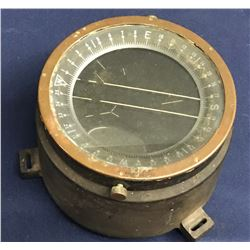 Lot 592 - Military WWII US Army Compass