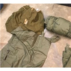 Lot 618 - Military Items