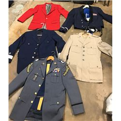 Lot 625 - Military Items