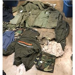 Lot 633 - Military Clothing