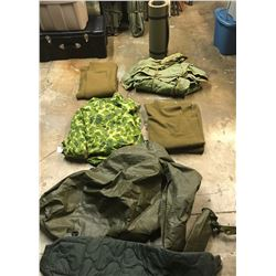 Lot 669 - Military Items