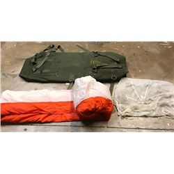 Lot 694 - Military Items