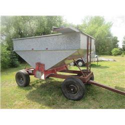 Kendon 175 Bushel Hopper Wagon w Extensions