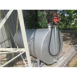 500 Gal Fuel Tank w Gasboy Hand Pump