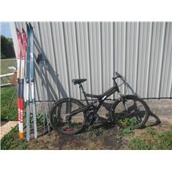 Raleigh 6061 Alum Pedal Bike, & 2 Sets of Cross Country Skis