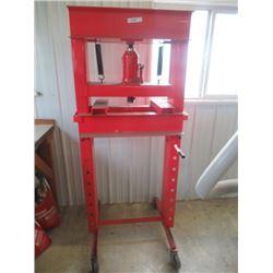 20 Ton Hyd Press on Castors