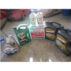 5 W 20 Oil New Sealed, 28 Litres in Total