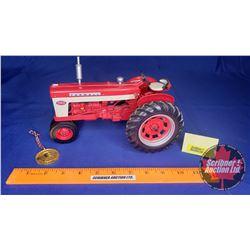 Farmall 460 Tractor Precision Series #11 (Scale: 1/16)