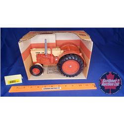 CASE 600 Tractor (Scale: 1/16)