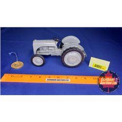 Ford 9N w/Ferguson System Precision Series #1 (Scale: 1/16)