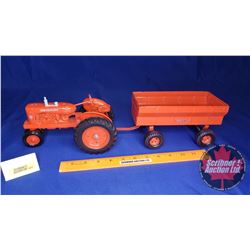 Allis-Chalmers Tractor Wagon Set  (Scale: 1/16)