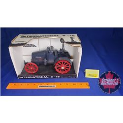 International 8-16 Kerosene Tractor (Scale: 1/16)