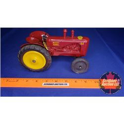 Massey-Harris 44 - Made By Elwood Metal Products for Lincoln Toys (Scale: 1/16)
