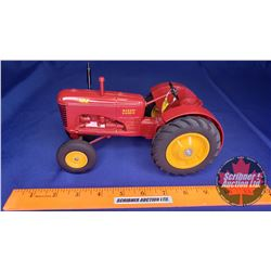 """Massey-Harris """"102"""" Collector Edition April 1992  (Scale: 1/16)"""