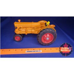 Minneapolis Moline Tractor Collector Edition 1993 (Scale: 1/16) (Missing Smoke Stack)