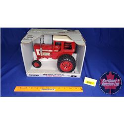 International 1468 Tractor Model 1993 Second in a Series of 4 (Scale: 1/16)