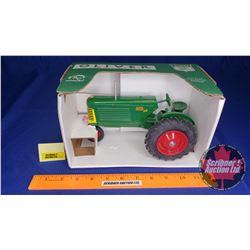 "Oliver 88 Row Crop TriCycle Collector Edition ""1995 LA Crosse Toy Show LA Crosse, WI"" (Scale: 1/16)"