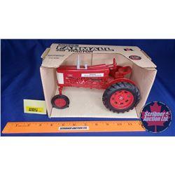 Farmall 350 Tractor  (Scale: 1/16)
