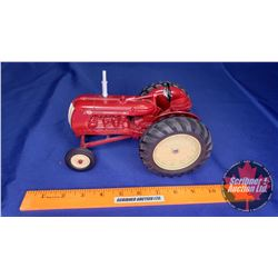 "Cockshutt 40 ""Farm Toy Museum Commemorative 1986""  (Scale: 1/16)"