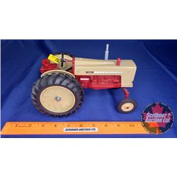 "Cockshutt 560 ""Farm Toy Museum Commemorative 1987""  (Scale: 1/16)"