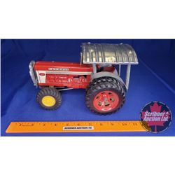 Farmall 560 Tractor (Customized with Duals, 4WD, Grill Guard & Tin Roof)  (Scale: 1/16)