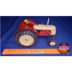 "Cockshutt 40 Deluxe ""Farm Toy Museum Commemorative 1988""  (Scale: 1/16)"
