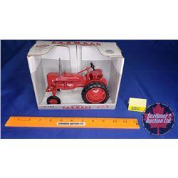 Farmall Super-AV Tractor Special Edition 1993 (Scale: 1/16)