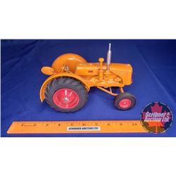 Minneapolis Moline Tractor  (Scale: 1/16)
