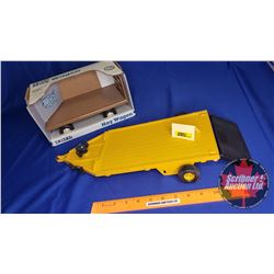 Ertl Combo: Machine Trailer (Missing Axle) & Hay Wagon (Scale: 1/16)