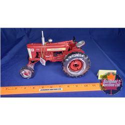 Farmall 450 Tractor (40th Anniversary Alberta Farm & Ranch Show) (Scale: 1/16)
