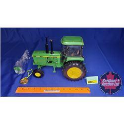 John Deere 4440 Tractor Precision Classics #17 (Scale: 1/16)