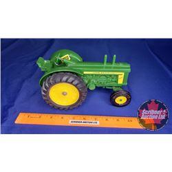 John Deere 820 Diesel (Scale: 1/16)