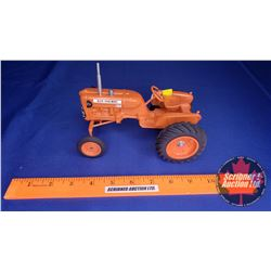 Allis-Chalmers D10 (Collector July 1990) (Scale: 1/16)