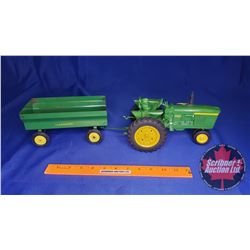 Duo (Scale: 1/16) : John Deere 4020 Tractor & Flare Box Wagon