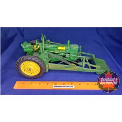 John Deere 60 with Front End Loader (Scale: 1/16)