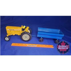 Duo (Scale 1/16) : International Industrial Tractor & Blue Flare Box Wagon