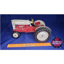 Hubley Diecast Ford Tractor (Scale: 1/10)