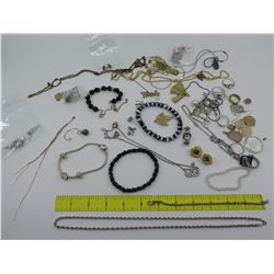 Misc Jewelry: Neck Chains, Pendants, Bracelets, Earrings, Rings, Pins, etc