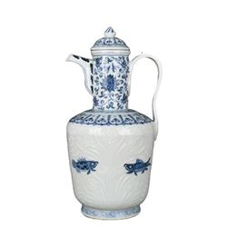 A BLUE AND WHITE FISH TEAPOT XUANDE MARK.