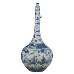 A BLUE AND WHITE FIGURE'S BOTTLE VASE CHENGHUA MARK.