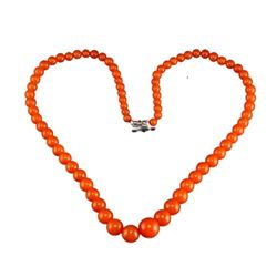 A NATURAL AGATE BEADS NECKLACE.