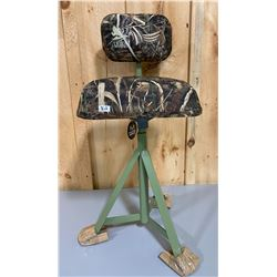 "REALTREE MAX 5 CAMP STOOL - 30"" - PIVOTS - NEW"